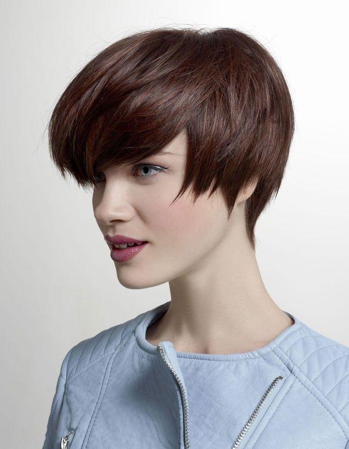 la carr brun de tchip coiffures de saison nos id es pour s 39 inspirer elle. Black Bedroom Furniture Sets. Home Design Ideas