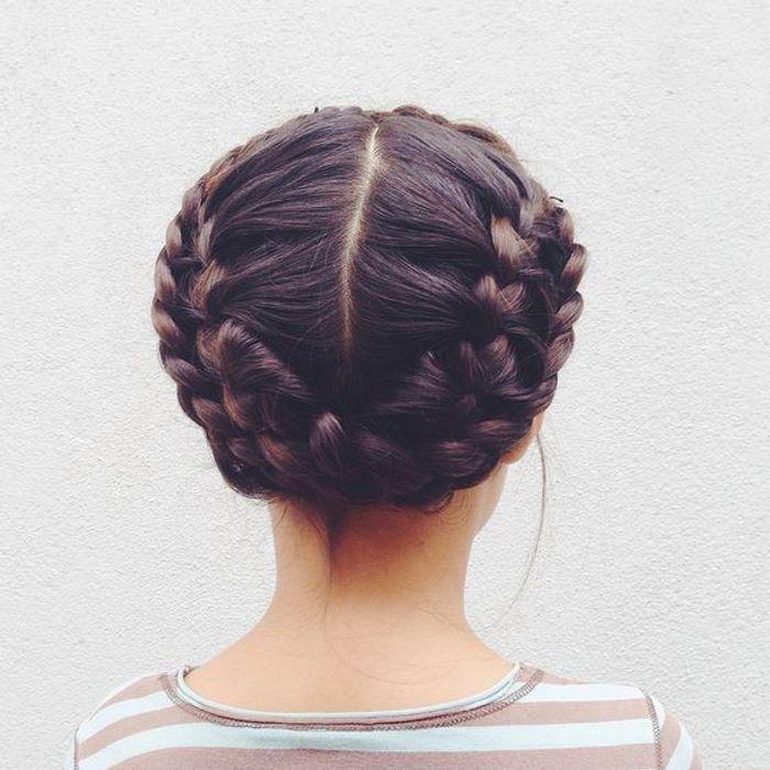 coiffure petite fille avec frange 40 coiffures de petite fille qui changent des couettes elle. Black Bedroom Furniture Sets. Home Design Ideas