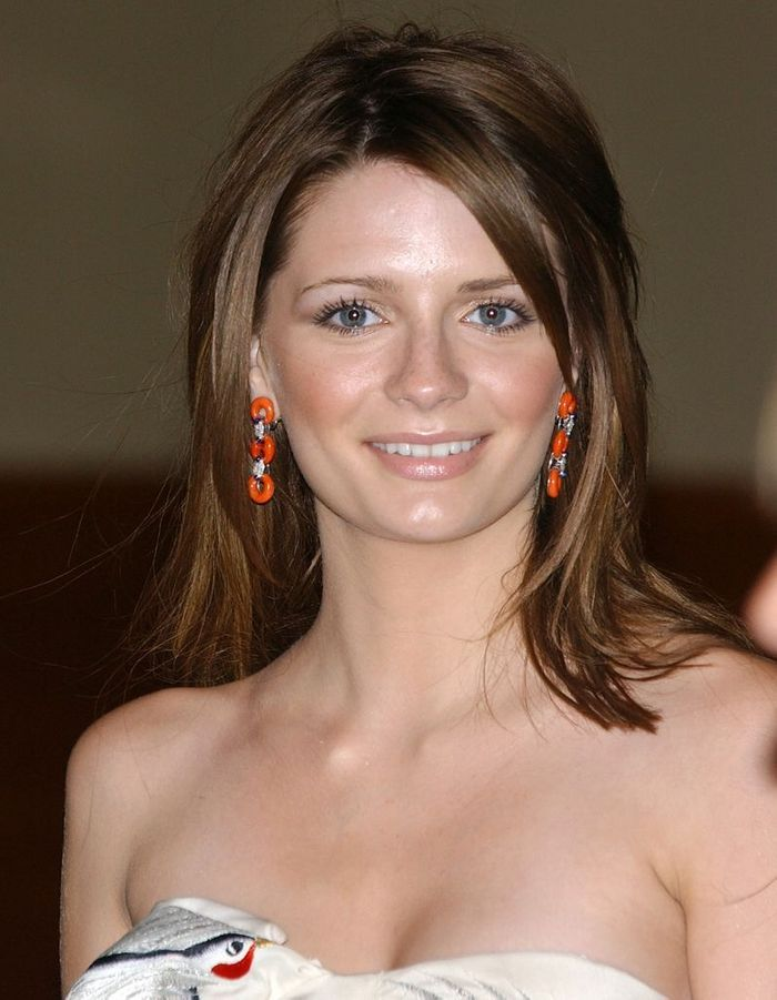 mischa barton en brune stars les pr f rez vous blondes. Black Bedroom Furniture Sets. Home Design Ideas