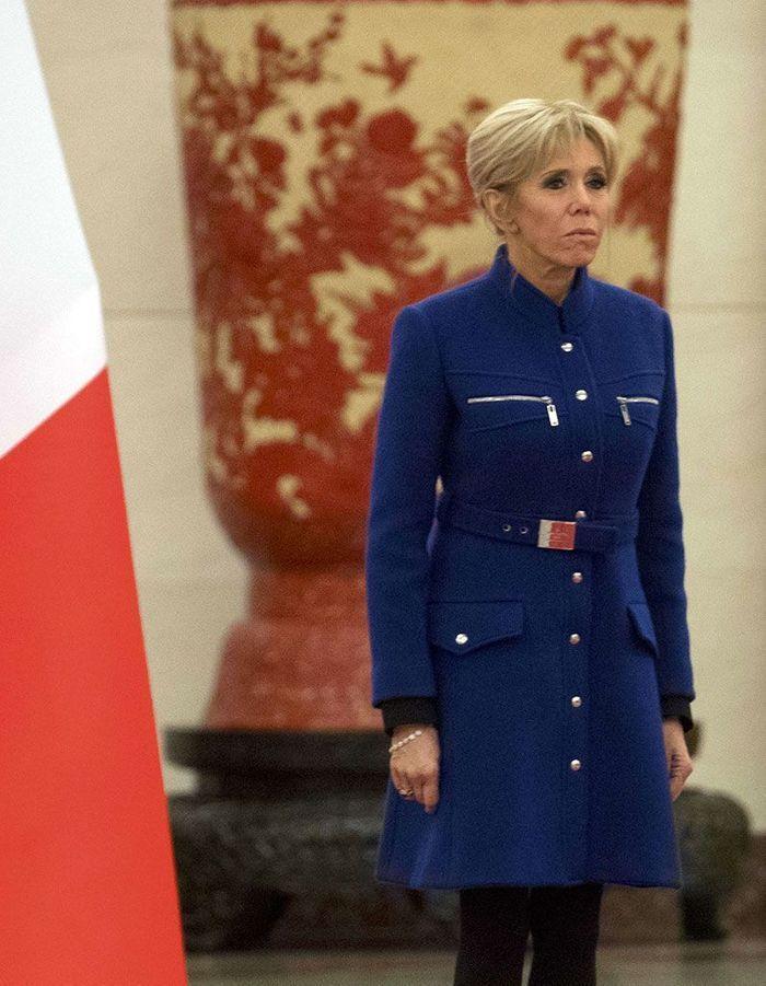 Le chignon haut de Brigitte Macron