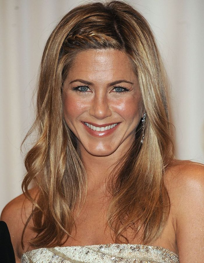 coiffure tresse jennifer aniston lannaginasisi site. Black Bedroom Furniture Sets. Home Design Ideas