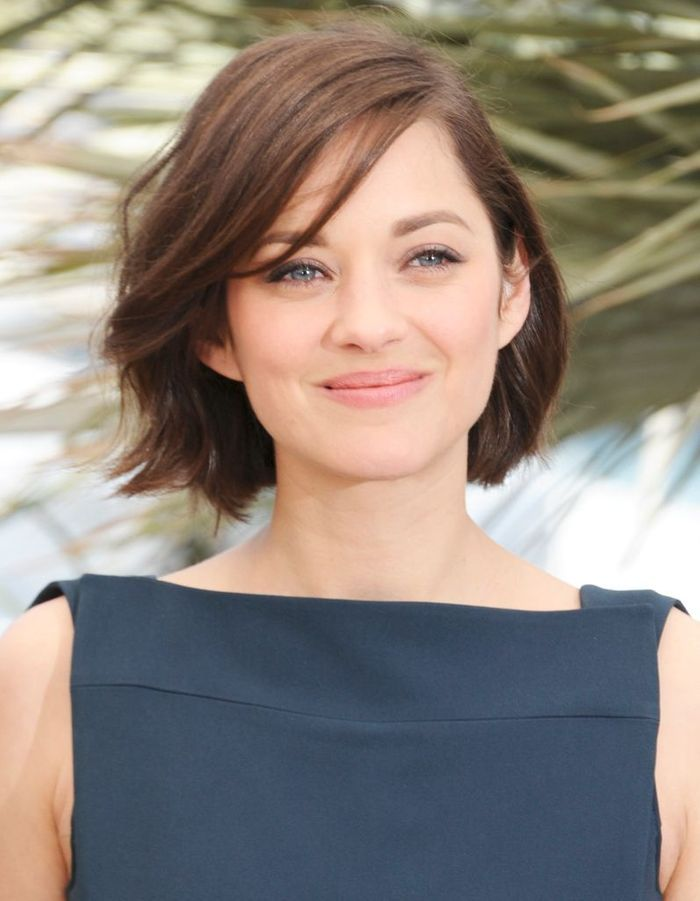 le carr flou de marion cotillard 1 carr 9 possibilit s marion cotillard nous inspire elle. Black Bedroom Furniture Sets. Home Design Ideas