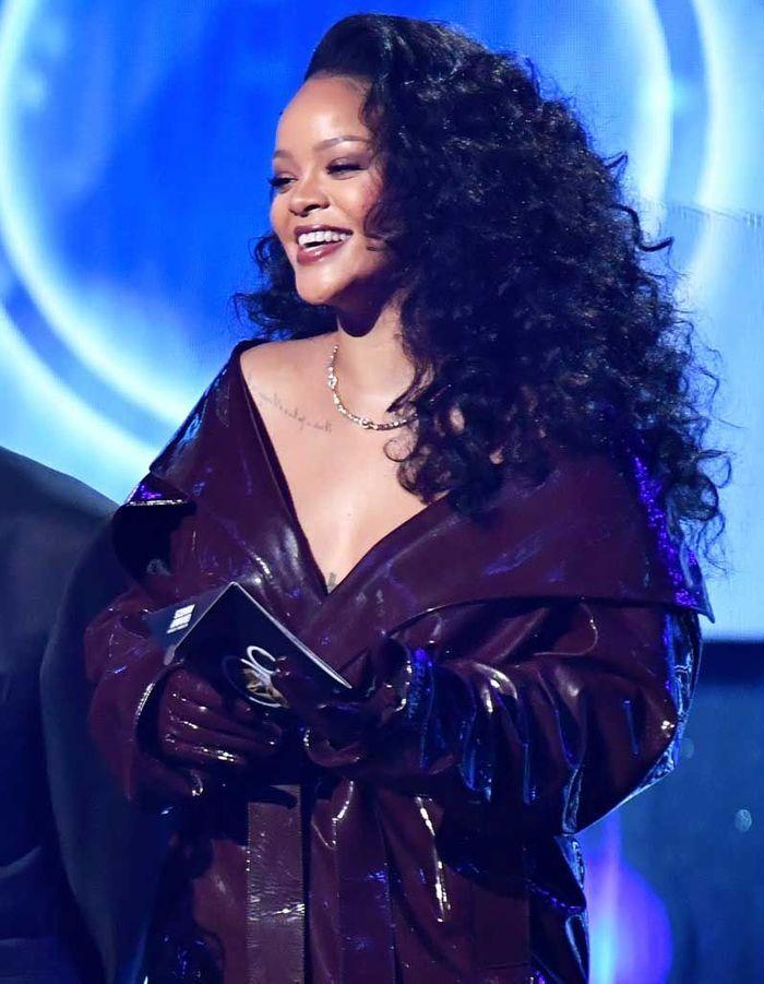 La crinière de lionne de Rihanna