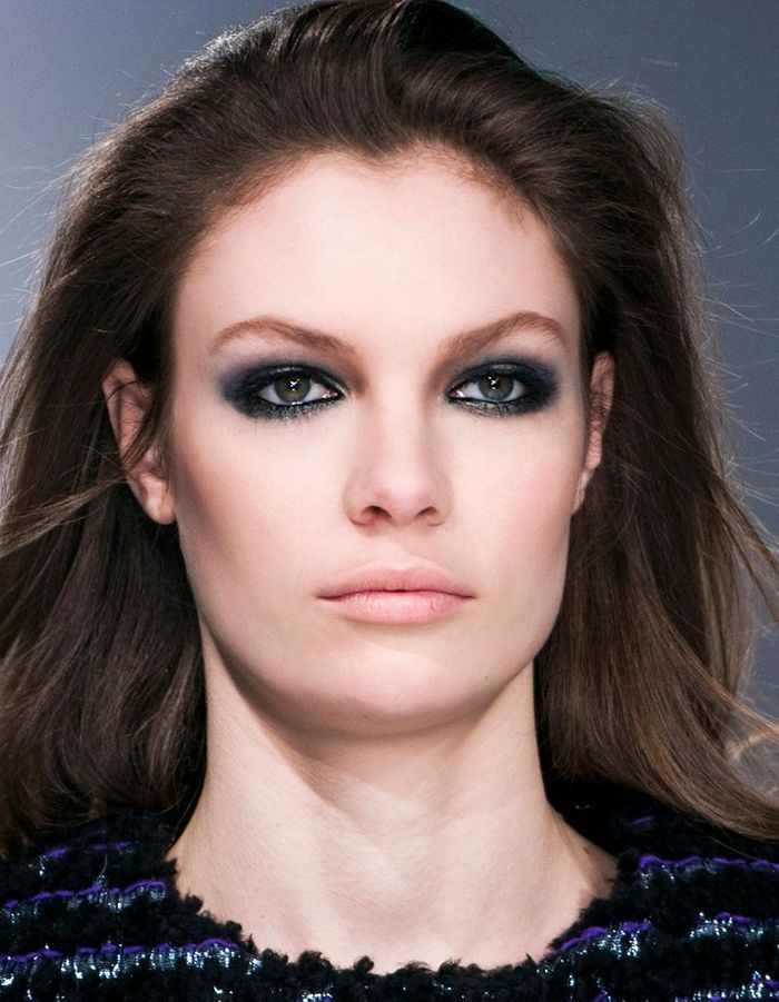 maquillage r veillon yeux verts 40 id es de maquillage. Black Bedroom Furniture Sets. Home Design Ideas