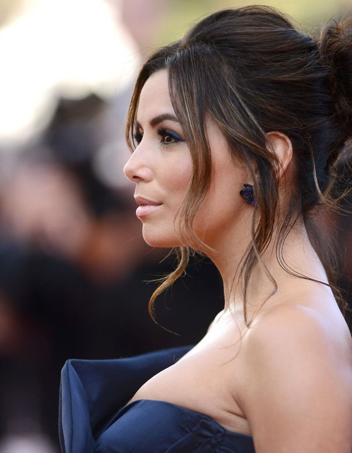 Le chignon flou dEva Longoria au Festival de Cannes 2015