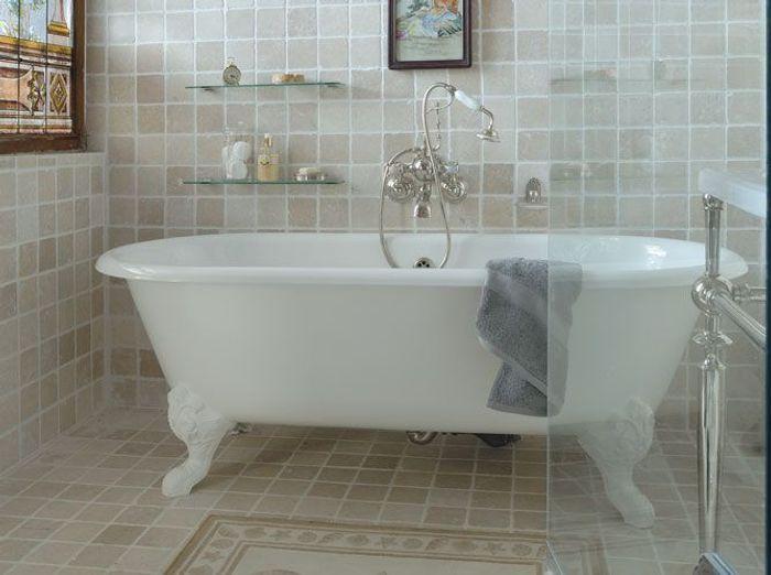 choisir sa baignoire les tendances elle d coration. Black Bedroom Furniture Sets. Home Design Ideas