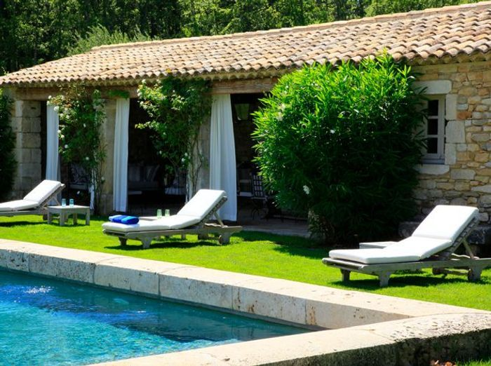 De beaux abris de piscine elle d coration - Photos pool house piscine ...