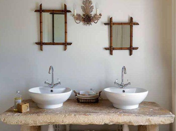 Salles de bains belles au naturel elle d coration for Salle de bain zen leroy merlin
