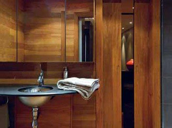 Salles de bains belles au naturel elle d coration for Au salle de bain