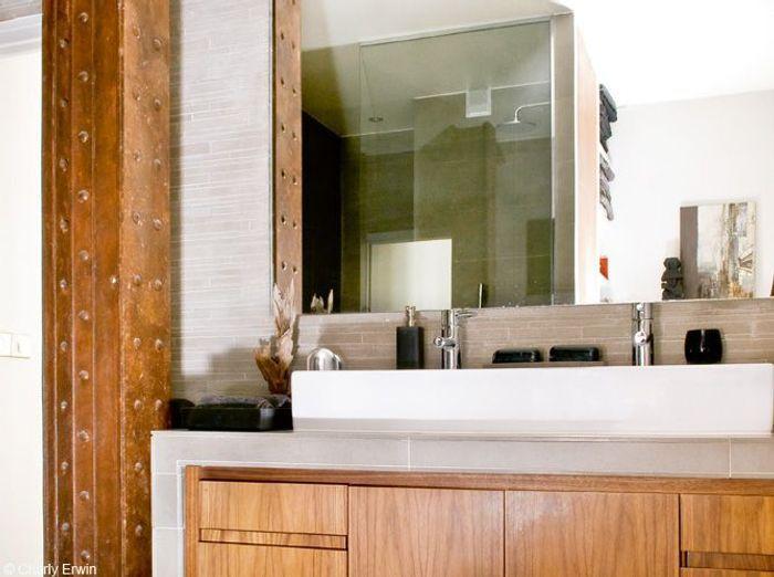 Salle de bains bois poutrelle acier