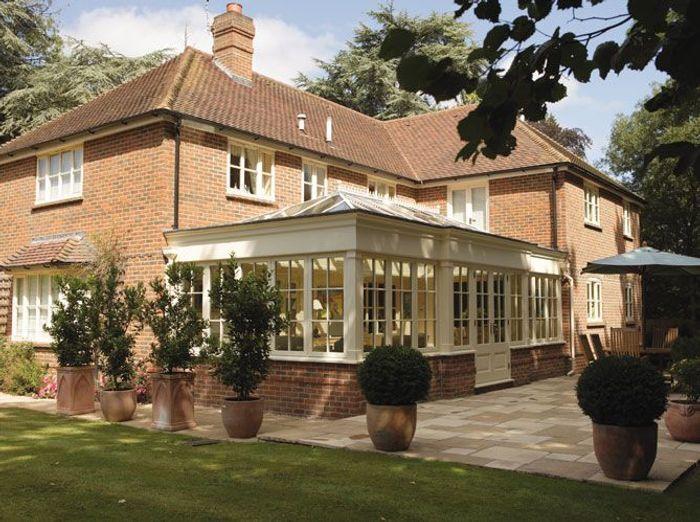 V randa chaque maison son style elle d coration for Maison avec veranda integree