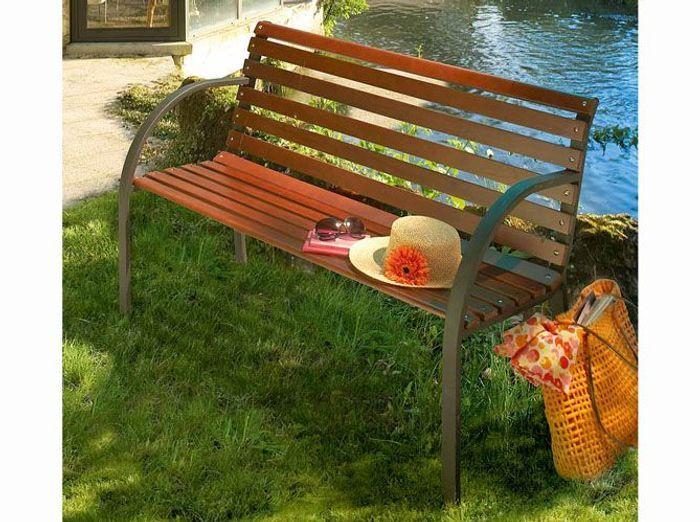 60 bancs de jardin pour profiter de l\'été ! - Elle Décoration