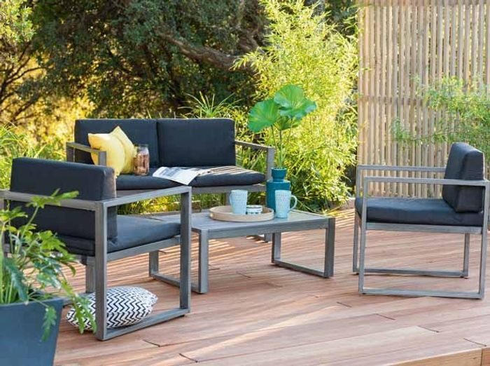 Foir fouille salon de jardin housse table jardin salon de for Table exterieur weldom