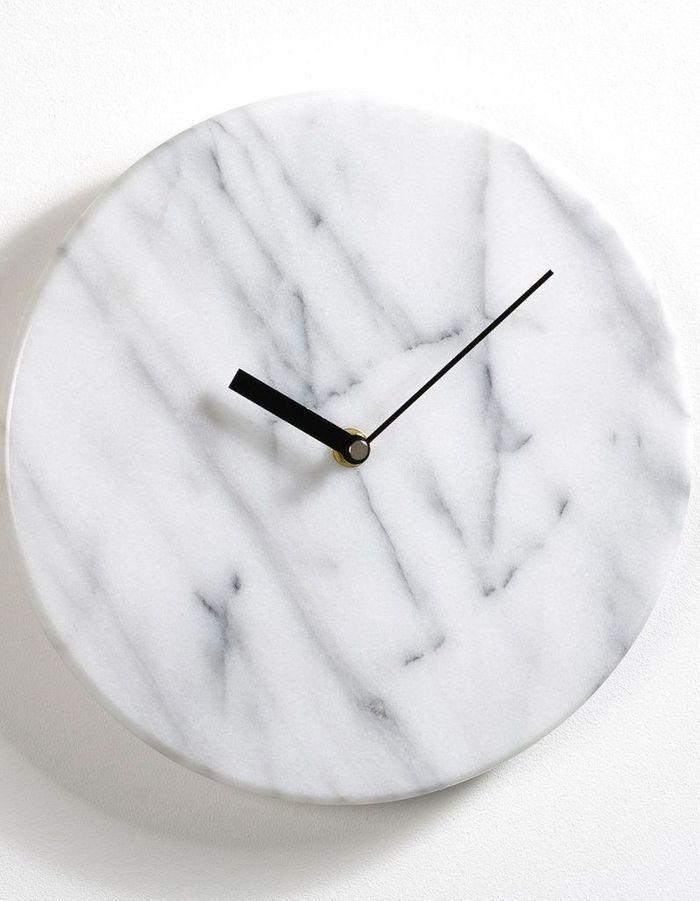 Horloge murale en marbre AM.PM