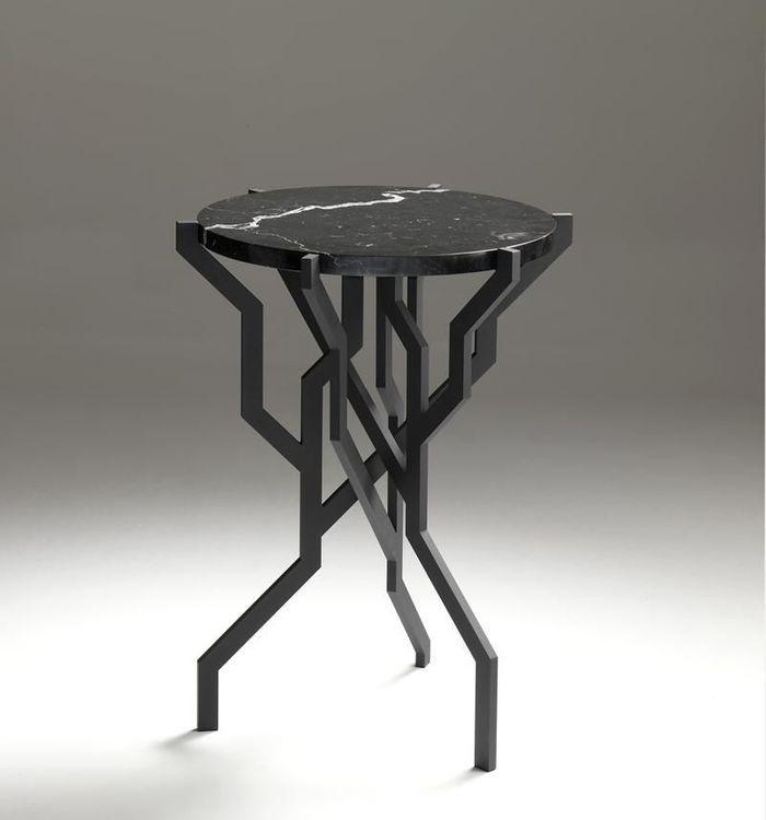 Table d'Appoint PLANT Noire par Kranen/Gille