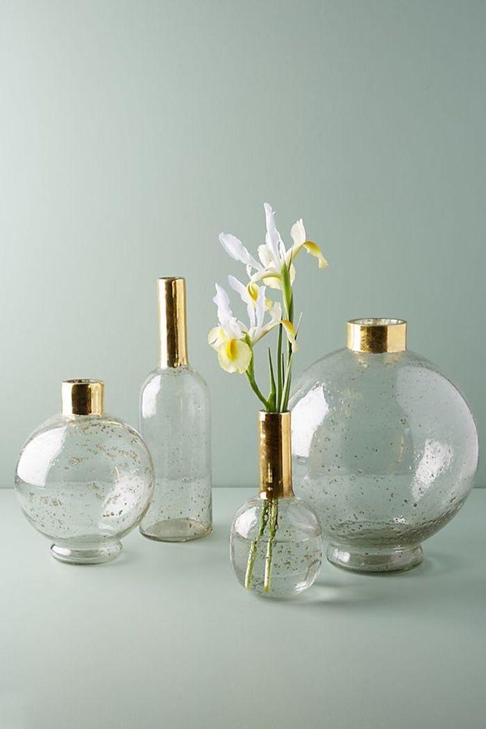 Un vase surpiqué de doré pour la Fête des Mères