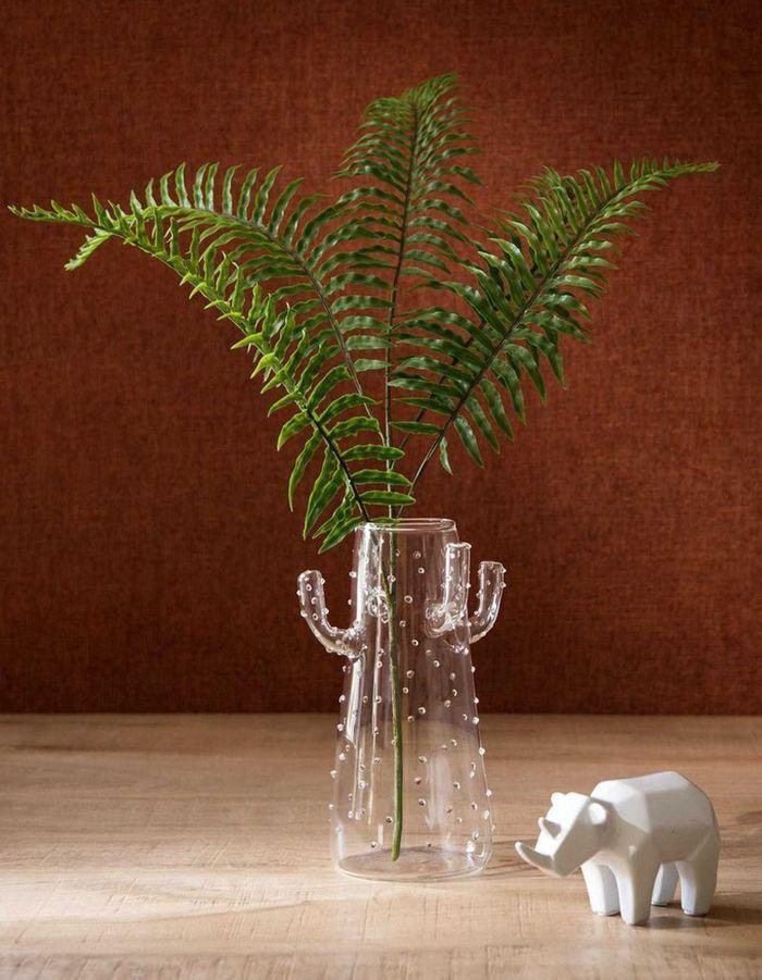 Un vase cactus