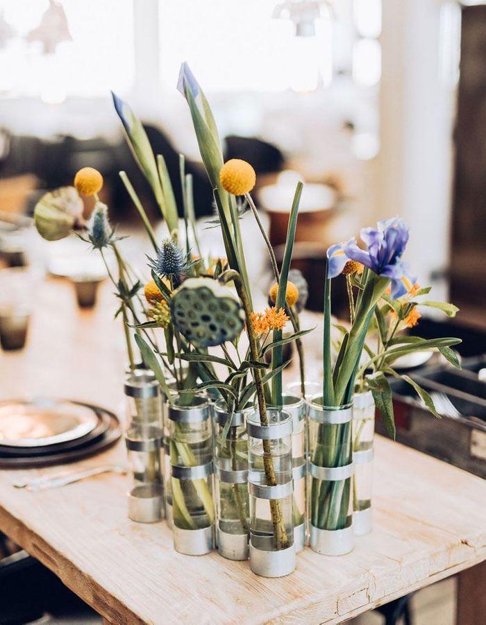 Une déco fleurie via un bouquet frais dans un joli vase