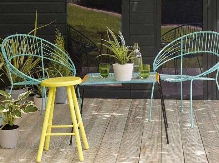 Le bleu turquoise pour le mobilier de jardin