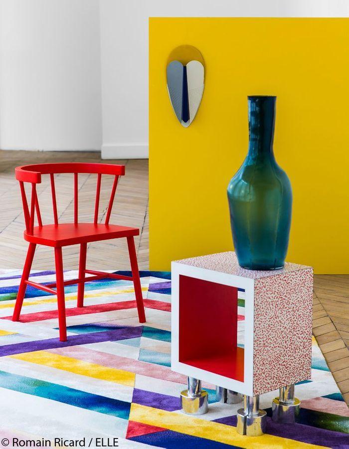 Meubles et objets en couleur dans la maison des meubles for Meubles et decoration maison