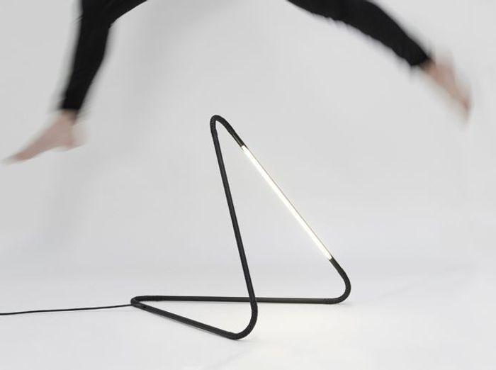 l 39 inspiration du jour la lampe la fonction elle d coration. Black Bedroom Furniture Sets. Home Design Ideas