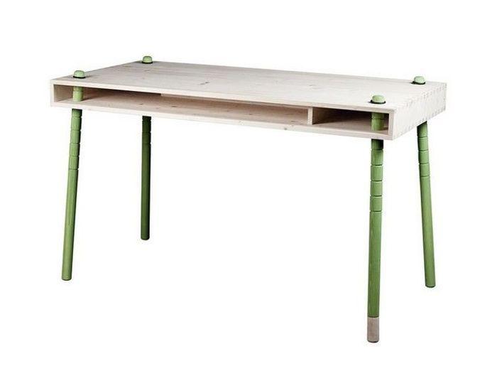 enfants chaque ge son bureau elle d coration. Black Bedroom Furniture Sets. Home Design Ideas