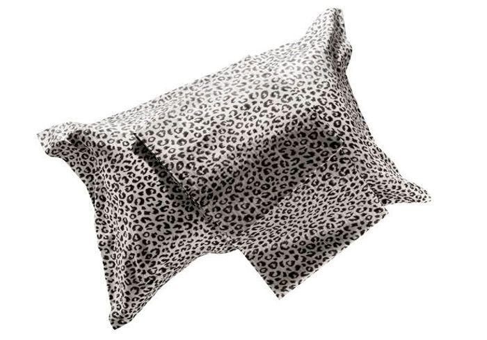 maison du linge selena blanc cass vous trouverez ici tout le linge de maison pour quiper et. Black Bedroom Furniture Sets. Home Design Ideas