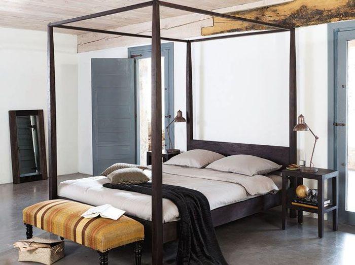 Le lit baldaquin se refait une beaut elle d coration - Lit baldaquin 1 personne ...