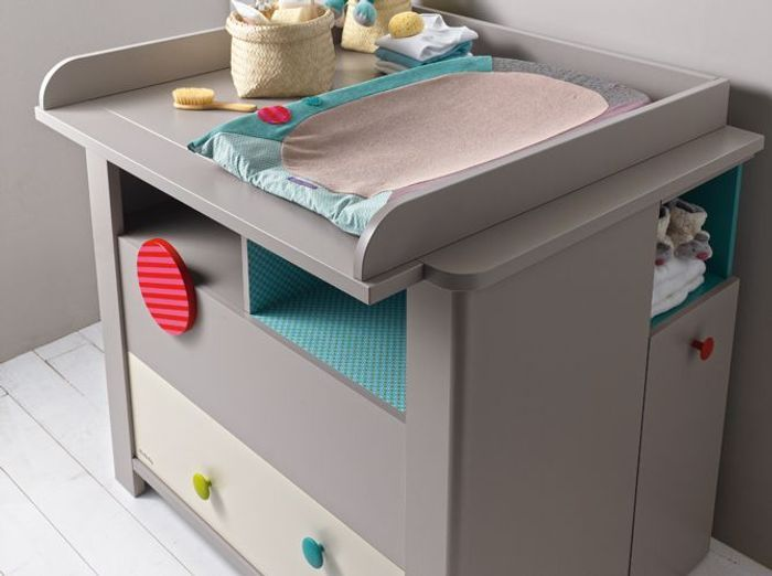 Enfant 50 commodes et tables langer elle d coration for Meuble a langer