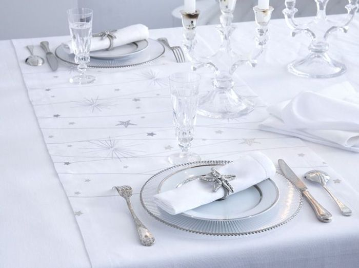 50 tables de f te elle d coration for Nappe et serviettes de table