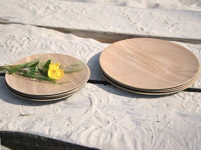 Assiette en bois naturel repere des belettes