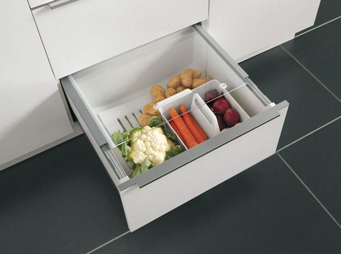 Des placards de cuisine pratiques pour stocker des aliments frais