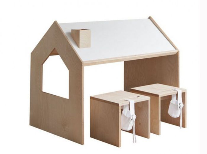 Table de cuisine pour petit espace vintage nappes for Salon qui se transforme en chambre