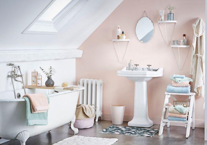 salle de bains enfant nos inspirations pour une salle de bains sp ciale enfant elle d coration. Black Bedroom Furniture Sets. Home Design Ideas