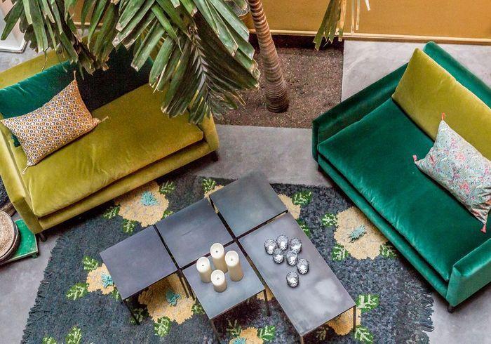 Jouer la carte du pratique via une table basse décomposée