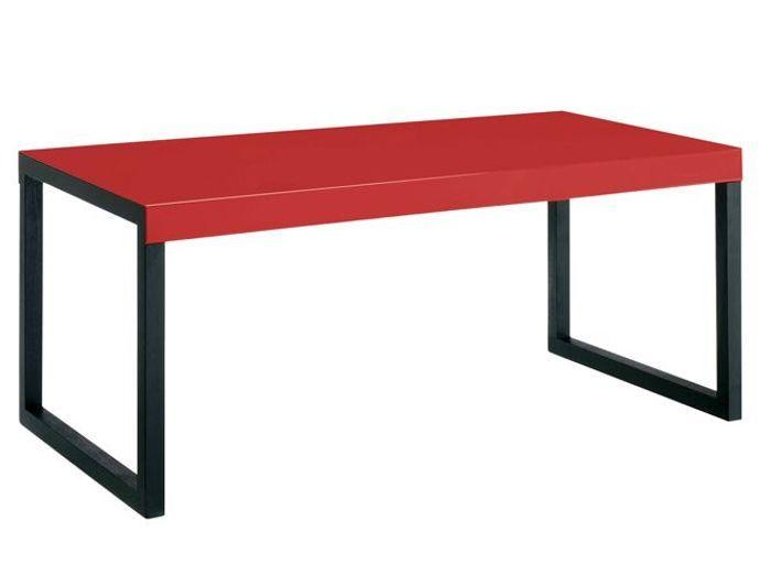20 tables rouges pour r veiller votre int rieur elle for Objet deco rouge pour salon