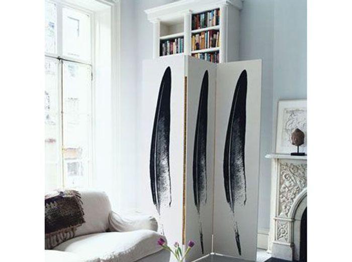latest un paravent pour crer un coin bibliothque with. Black Bedroom Furniture Sets. Home Design Ideas
