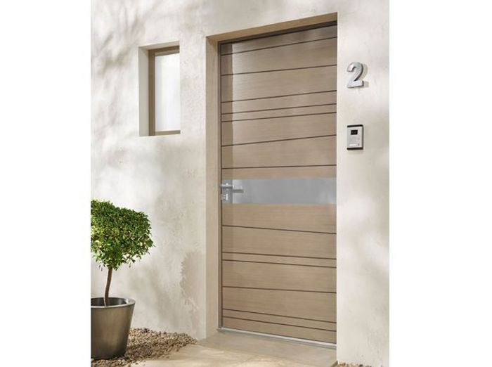 Comment isoler une porte d entree maison design mail for Changer une porte d entree