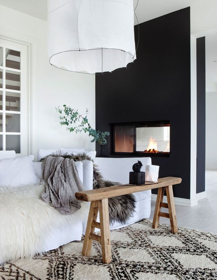 Une cheminée moderne black & white