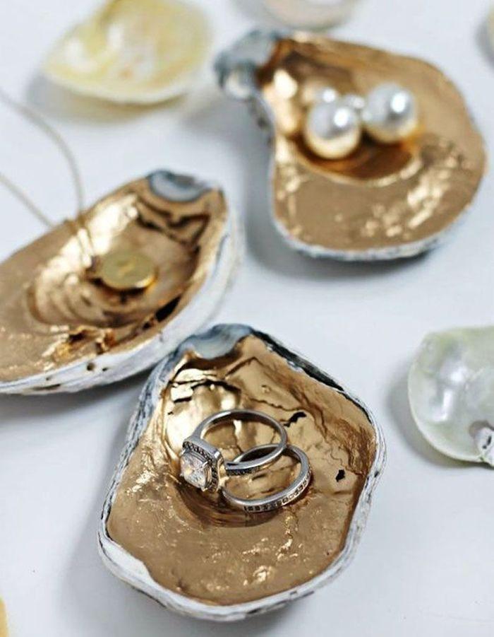 Transformer une coquille d'huître en écrin à bijoux