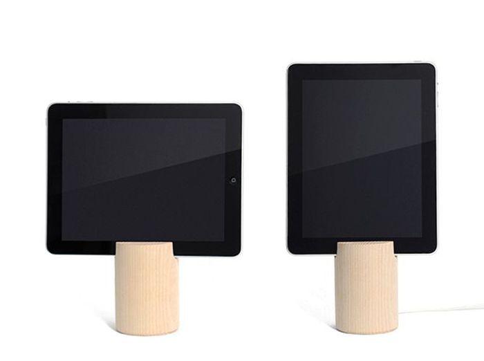 Un porte tablette en bois