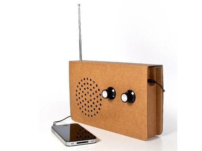 Une radio en carton et enceinte pour votre musique
