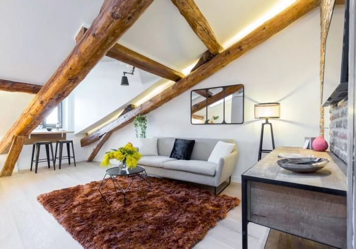 Appartement sous les toits à Nice