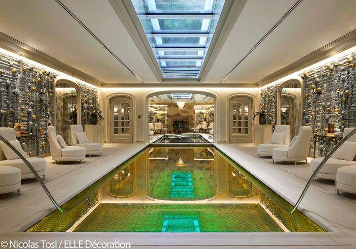 Hôtel de Crillon : la piscine