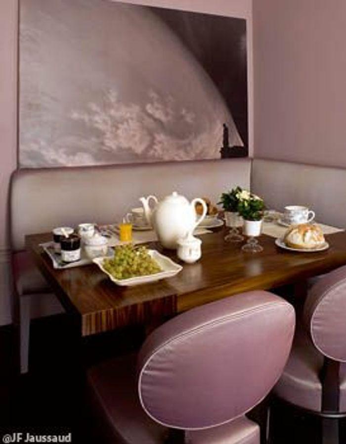 visite priv e chez romeo sozzi le chic l 39 italienne elle d coration. Black Bedroom Furniture Sets. Home Design Ideas