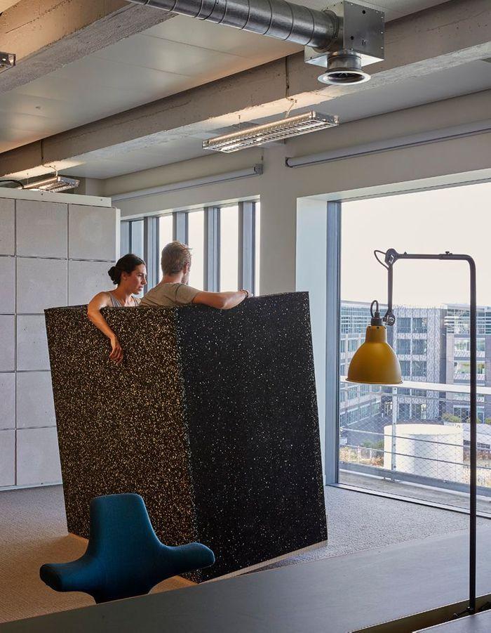 Du mobilier modulable pour travailleurs nomades