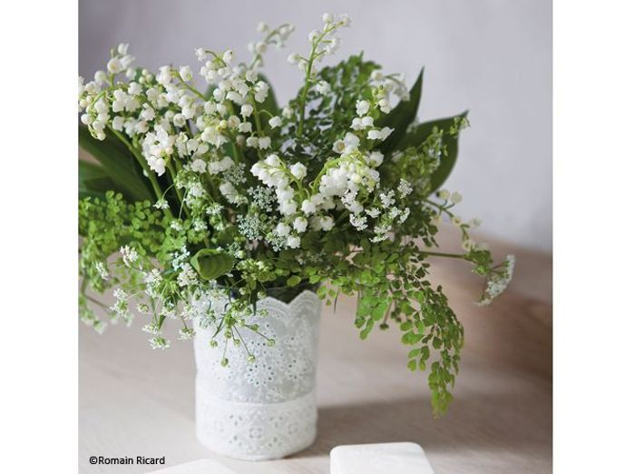 Fleurs mariage table muguet