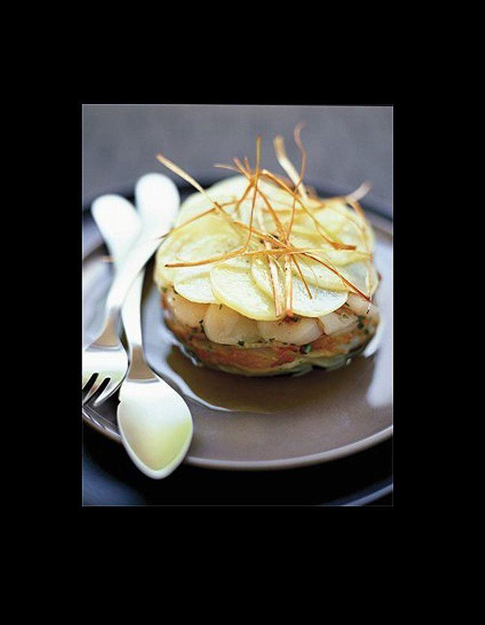 Millefeuille de St Jacques et haddock aux navets et aux pommes