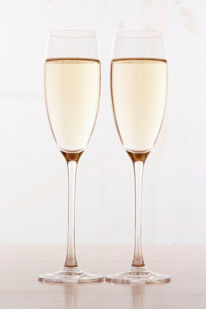 combien de calories dans le champagne combien de calories pour chaque alcool on vous dit. Black Bedroom Furniture Sets. Home Design Ideas