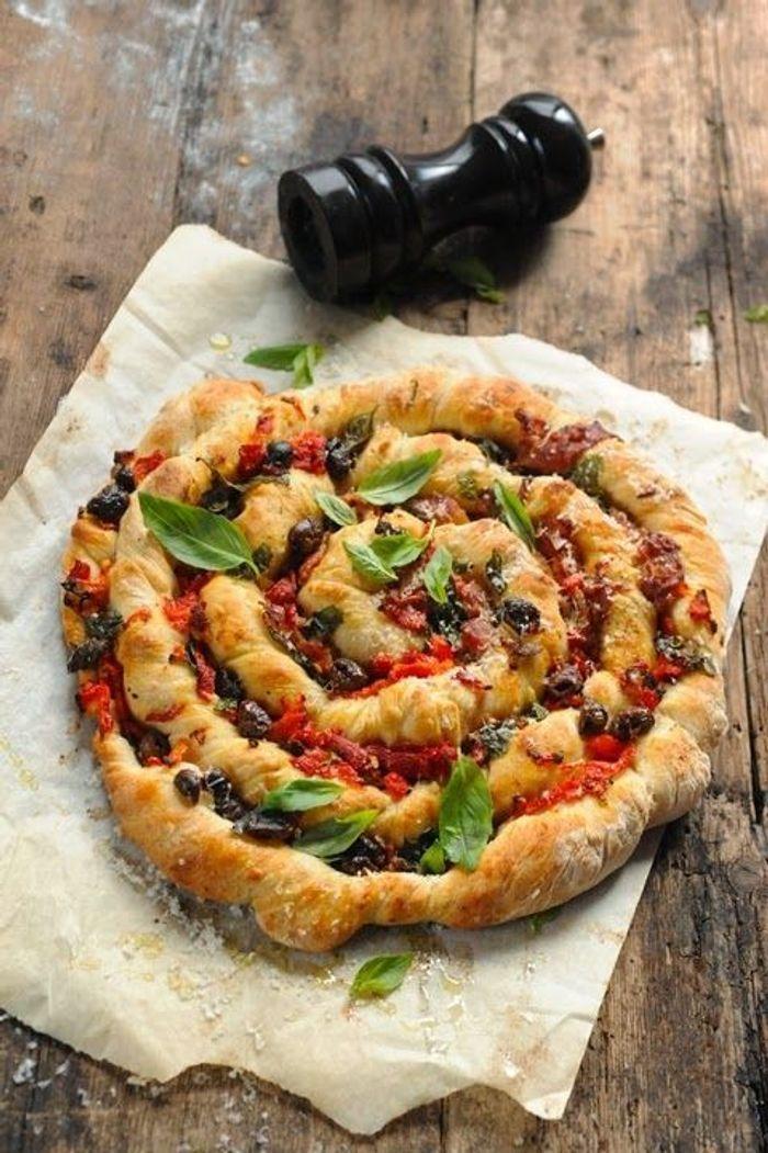 Plateau 100% mec : Pizza torsadée